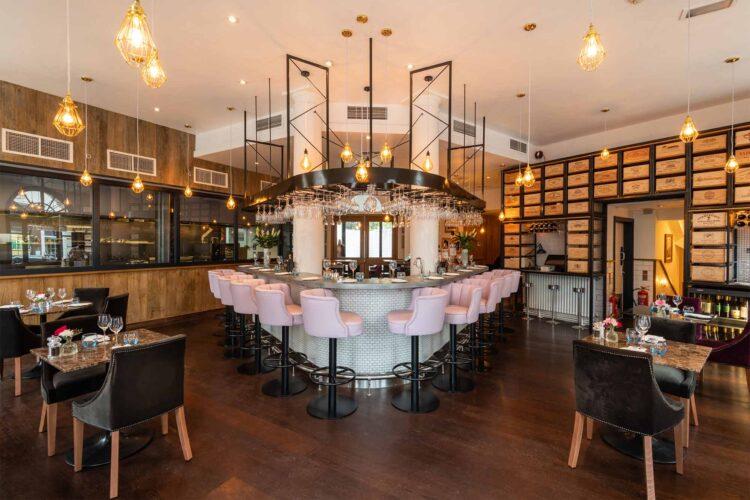 2850 Chelsea Restaurant View